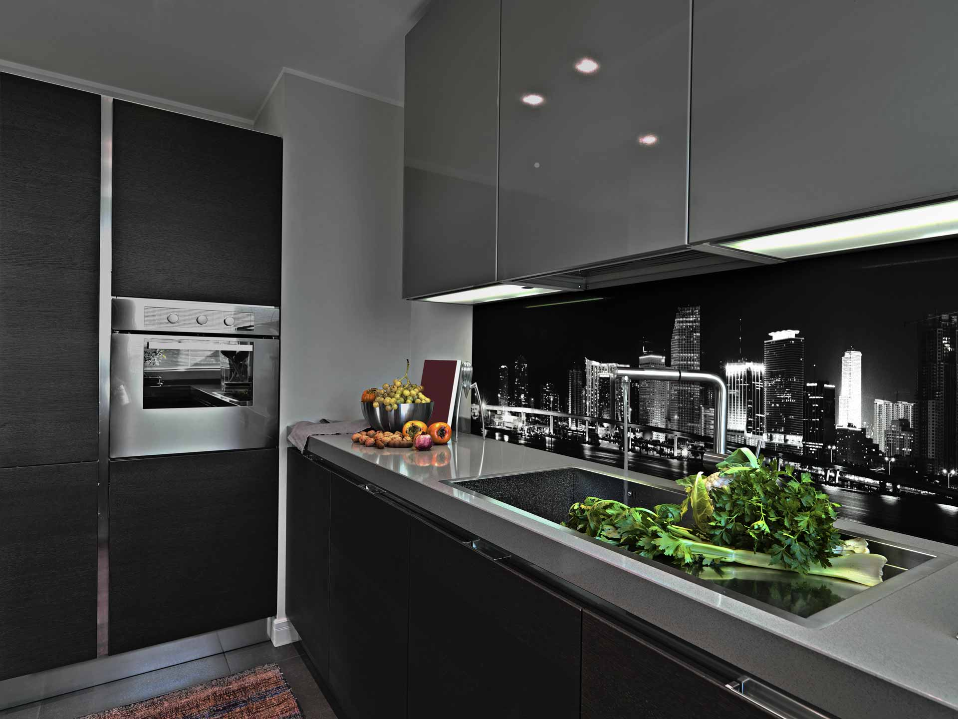 Modern City kitchen splashback